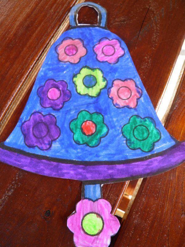 Coloriage d 39 une cloche centerblog - Dessin d une cloche ...