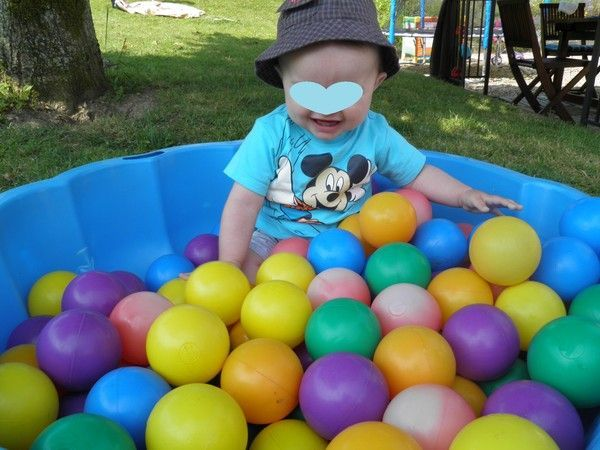 Cool la coquille balle pour hugo with coquillage piscine for Coquillage piscine